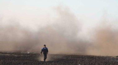 Пожар на берегу Каспия не прекращается третий день