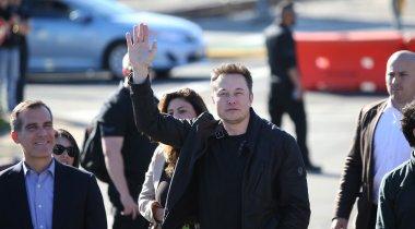 """Илон Маск показал """"головокружительное"""" видео испытания скоростного тоннеля"""