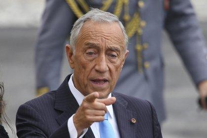 Президент Португалии нарушил протокол саммита НАТО
