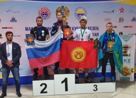 Сергей Юдченко из Актау завоевал бронзовую медаль на I этапе кубка мира по мас-рестлингу