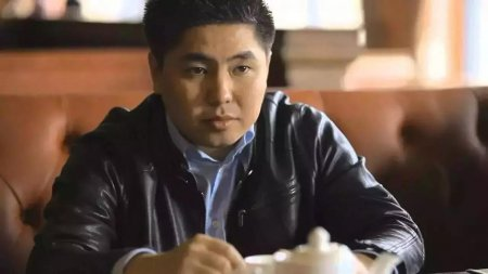 Нуртас Адамбай обратился к полицейским Казахстана