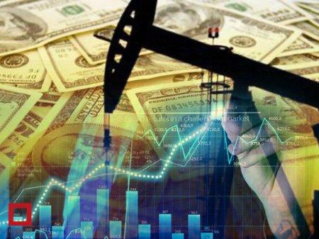 Цена на нефть опустилась ниже 47 долларов за баррель