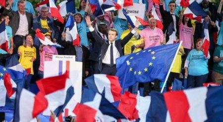 Выборы во Франции: Беспорядки, смерть депутата на митинге