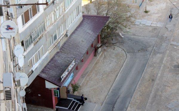 В 7А доме 11 микрорайона Актау 29-летняя женщина упала с высоты второго этажа