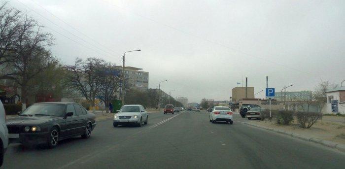 В Актау новую схему размещения дорожных знаков планируют внедрить в июле 2017 года