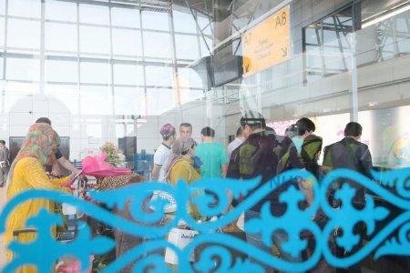 Бутерброд за 2000 тенге: В аэропорту Алматы объяснили высокие цены