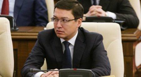 """Акишев прокомментировал ситуацию с """"зависшими"""" в азербайджанском банке деньгами ЕНПФ"""