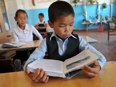 Большинство мигрантов в Казахстане не отдают своих детей в школу