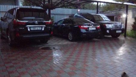 В Алматы задержаны лидеры ОПГ и полковник полиции - КНБ