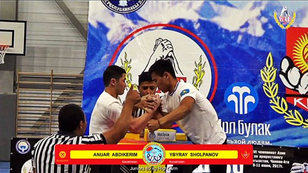 На чемпионате Азии по армрестлингу спортсмены из Актау взяли четыре медали