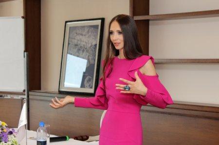 Российский дизайнер Даша Гаузер поделилась с мангистаускими модельерами секретами успеха