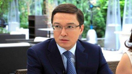 Данияр Акишев назвал долларизацию экономики большой проблемой