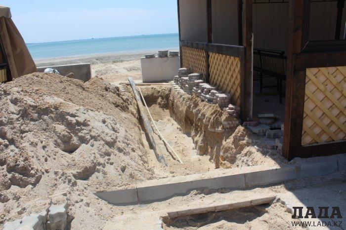 Тилек Кошмаганбетов: Строительные работы на Солдатском пляже ведутся по разрешению властей Актау