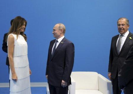 Меланья Трамп пыталась прервать переговоры мужа с Путиным