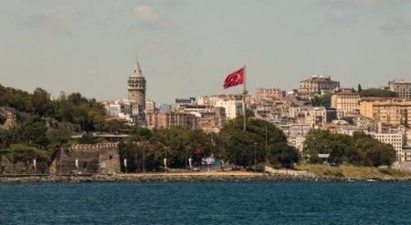 Почти 2 тысячам казахстанцев запретили въезд в Турцию