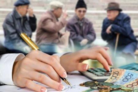 Казахстанские пенсионеры живут на грани нищеты, заявил карагандинец министру труда