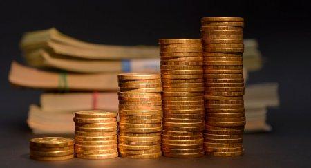Опять девальвация? Аналитики предрекают рекордное падение тенге
