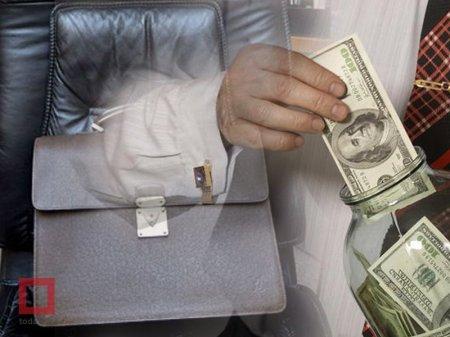 Хранить наличные в банковских ячейках запретят депутатам и госслужащим в РК