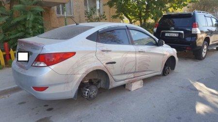 Во дворе стоит машина, а машина без колес - или лихие 90-е возвращаются в Актау