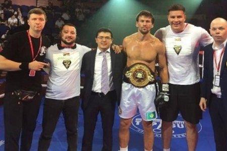 Иса Акбербаев нокаутировал украинца в титульном бою