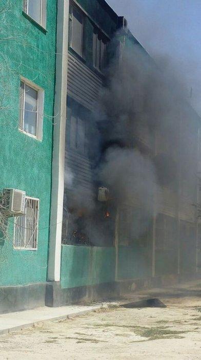 При пожаре в 153 доме 3 микрорайона Актау пострадал один человек