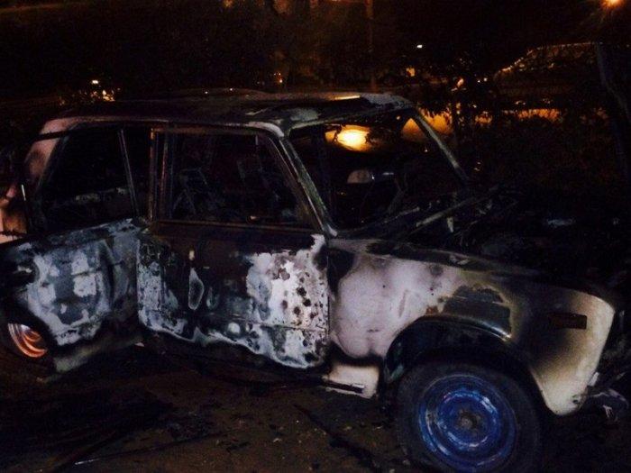 В 4 микрорайоне Актау сгорел автомобиль