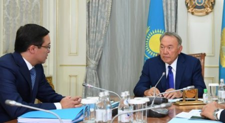 Акишев Назарбаеву о курсе тенге: Оснований для беспокойства нет