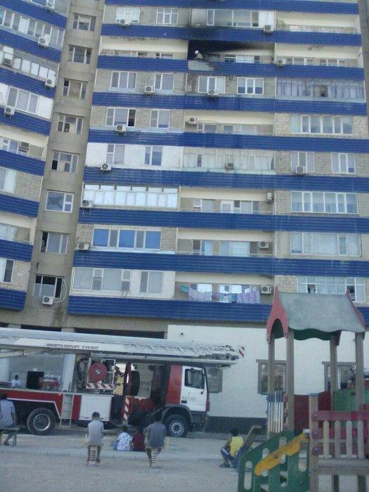 В 12 микрорайоне Актау произошел пожар