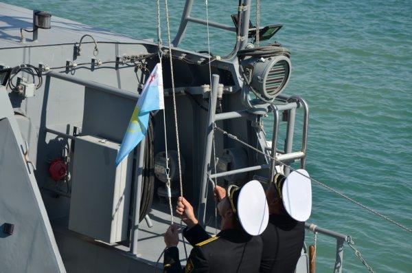 В День поднятия военно-морского флага в Актау встречали призеров конкурса «Кубок моря - 2017»