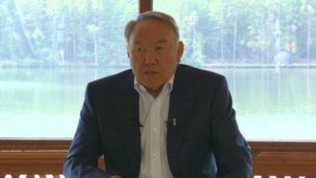 Назарбаев: Переход на латиницу не означает отказ от русского языка