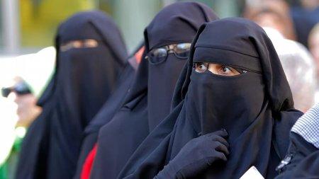 За ношение закрывающей лицо одежды будут штрафовать на 230 тыс. тенге