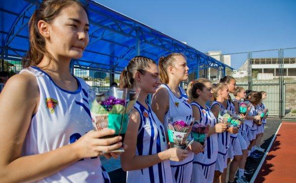 Баскетболистки из команды «Актау 7292» получили спортивные звания и разряды