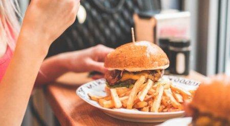Пересмотрены рекомендации по употреблению жиров и углеводов