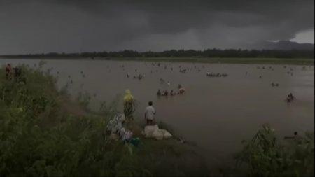 Власти Мьянмы заявили об убийстве 400 жителей-мусульман. Беженцы говорят о тысячах убитых властями