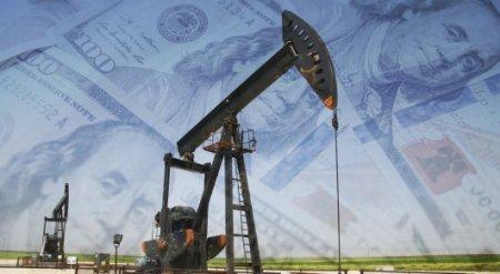 Цены на нефть превысили отметку 54 доллара за баррель