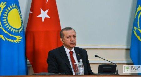 Эрдоган высказался в Астане о безграмотности населения исламских стран
