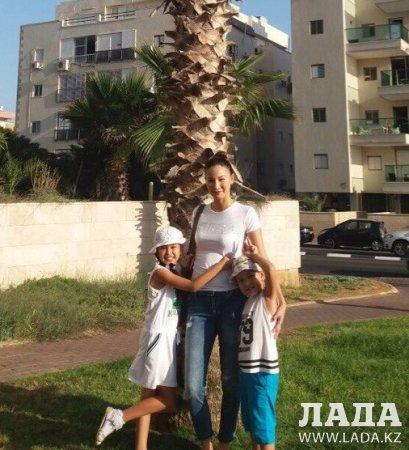 Жителей Актау благодарят родные прооперированной в Израиле восьмилетней Дарины Сейталиевой