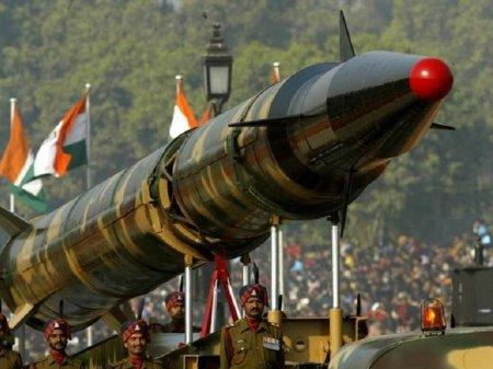 Иран испытал новую баллистическую ракету
