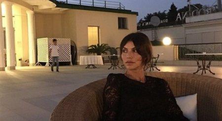 Путешествия, украшения и Ferrari: Как живет жена Андрея Аршавина
