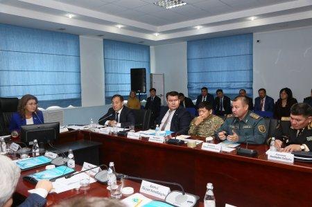 Дарига Назарбаева назвала уязвимыми границы Каспия