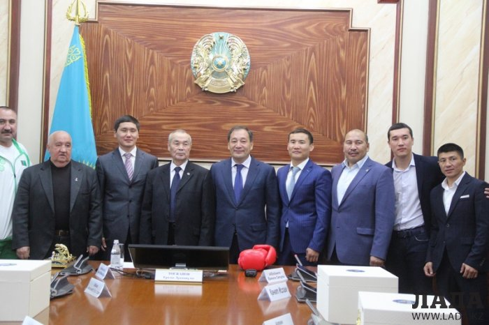 Ералы Тугжанов рассказал о планах по строительству Центра бокса в Актау