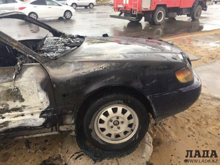 В 29 микрорайоне Актау сгорел автомобиль