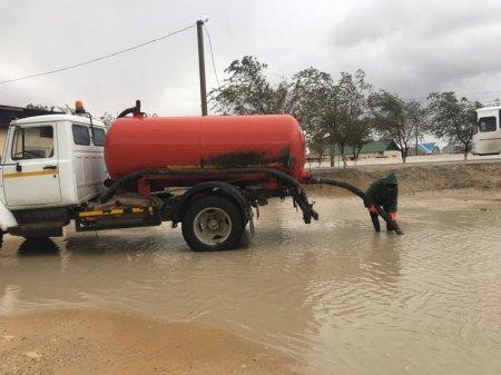 В Мунайлинском районе продолжают откачку дождевой воды