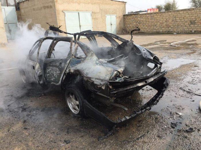 В 28«А» микрорайоне Актау сгорел автомобиль