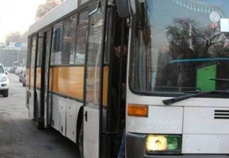 """""""Я каратэ-до занималась"""": Суровая апашка обматерила и отпинала парня в автобусе"""