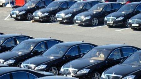 Депутат об авто чиновников: продолжают шиковать за счет казахстанцев