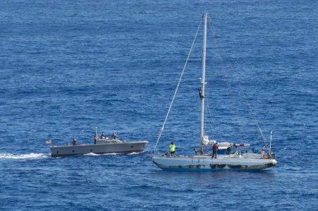 Пять месяцев дрейфовали на яхте в Тихом океане две американки