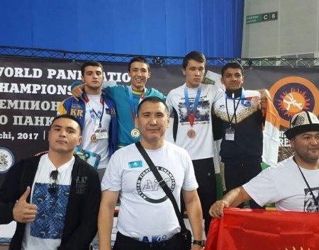 Спортсмен из Актау выиграл чемпионат мира по панкратиону
