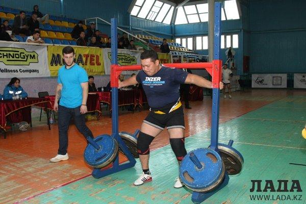 Алексей Писаревский стал победителем чемпионата Казахстана по силовому экстриму в Актау