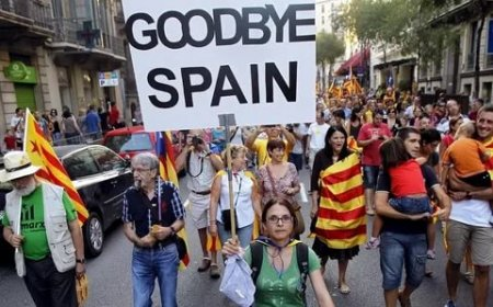 Суд Испании отменил декларацию о независимости Каталонии
